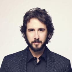 Is Josh Groban Married